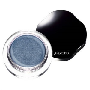 Shiseido. Ombretto Shimmering Cream Eye Color nella nuance Nightfall (26,50 euro)